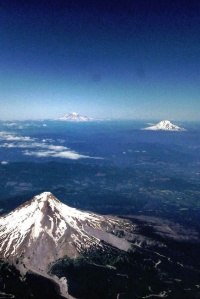 mt hood, mt rainier and mt st helens - washington5216113115680542845..jpg